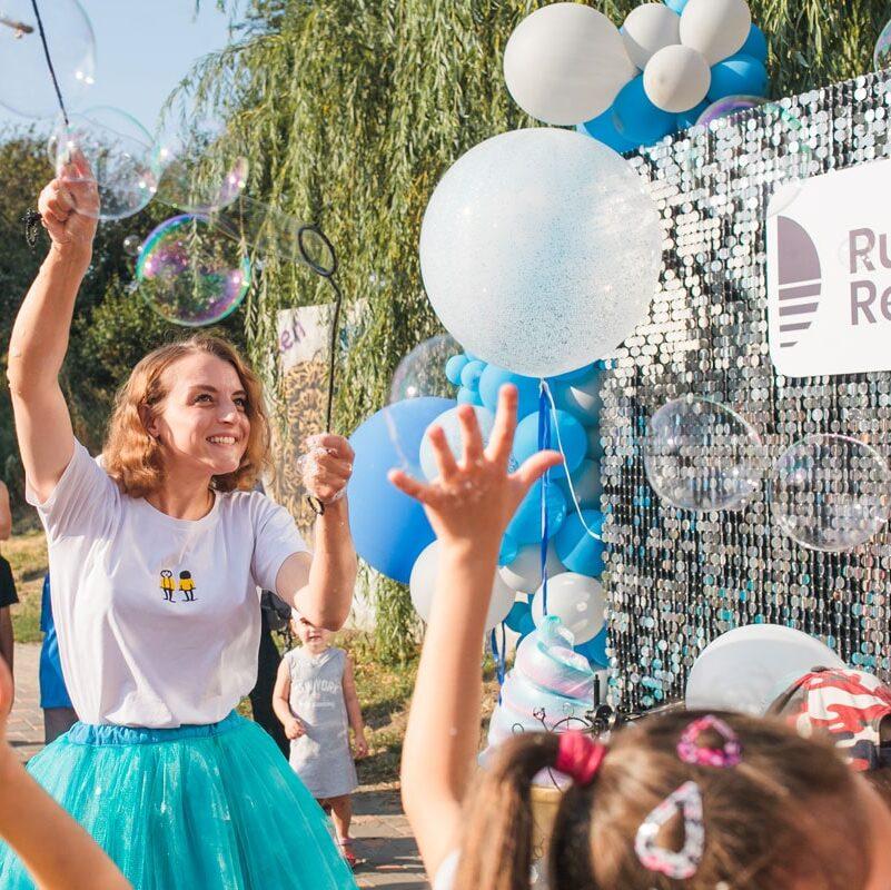 День мороженого в Rusaniv Residence